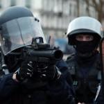 Le Conseil d'Etat approuve le recours aux lanceurs de balles de défense dans les manifestations.